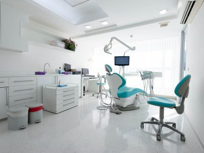 klinik gigi asli vs ilegal